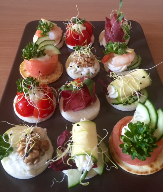canapes 2